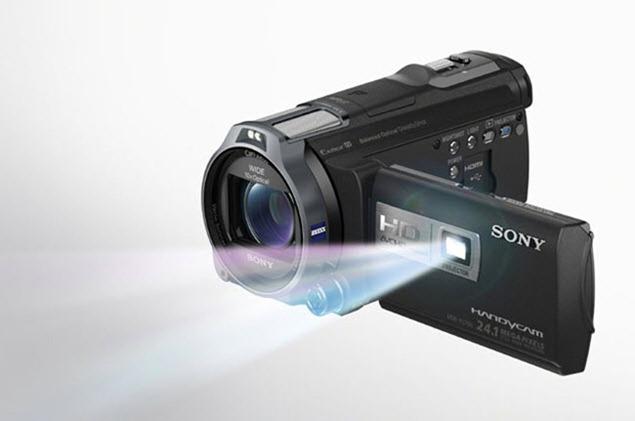 Sony Handycam HDR-PJ760V и Handycam HDR-PJ710V
